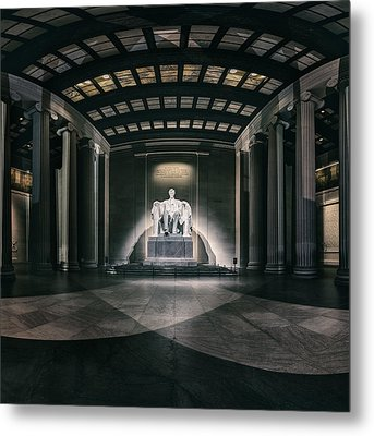 Lincoln Memorial Metal Print by Eduard Moldoveanu