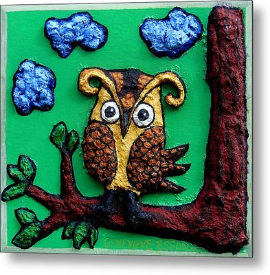 Lint Owl Detail Metal Print by Genevieve Esson