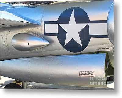 Lockheed P-38l Lightning Honey Bunny  - 10 Metal Print by Gregory Dyer