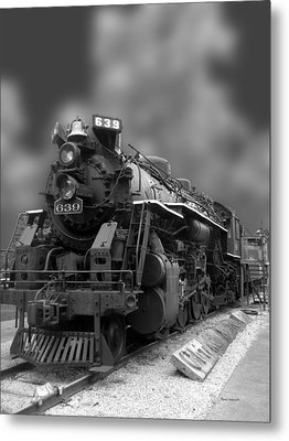 Locomotive 639 Type 2 8 2 Front And Side View Bw Metal Print by Thomas Woolworth