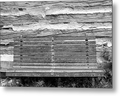Log Cabin Bench 1 Black And White Metal Print by Mary Bedy