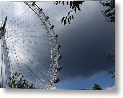 London Eye Clouds Metal Print by Nicky Jameson