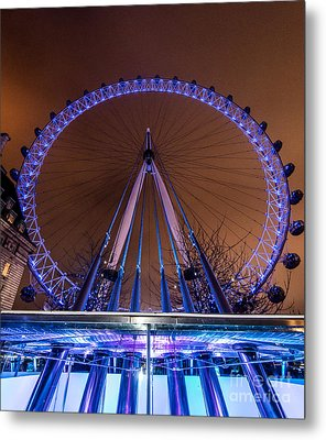 Metal Print featuring the photograph London Eye Supports by Matt Malloy