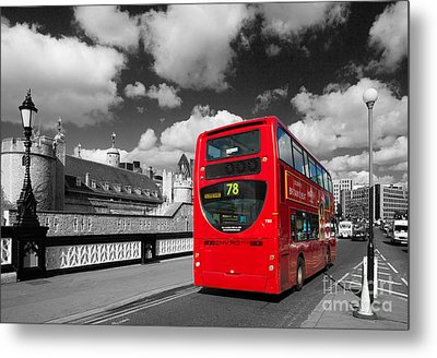 London Life Metal Print by Pete Reynolds