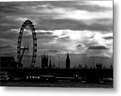 London Silhouette Metal Print by Jorge Maia