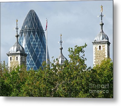 London Towers Metal Print by Ann Horn
