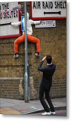 London Urban Dance Metal Print by Stephen Norris