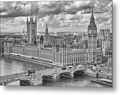 London Westminster Metal Print by Melanie Viola