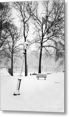 Lonely And Broken Metal Print by Nishanth Gopinathan