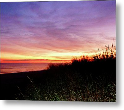 Lonely Beach At Sunrise Norfolk Va Metal Print by Susan Savad