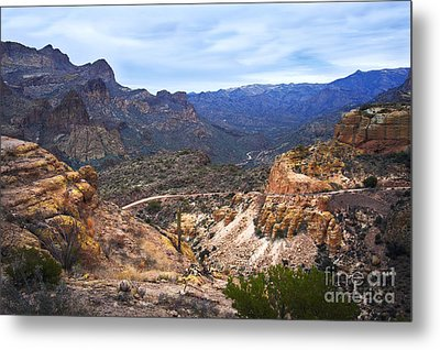 Long And Winding Apache Trail Metal Print