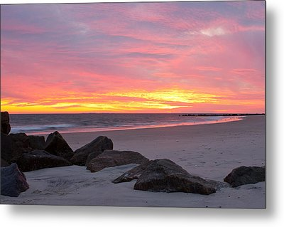 Metal Print featuring the photograph Long Beach Sunset by Jose Oquendo