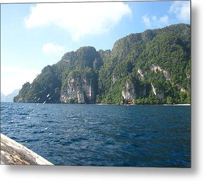Long Boat Tour - Phi Phi Island - 011312 Metal Print by DC Photographer