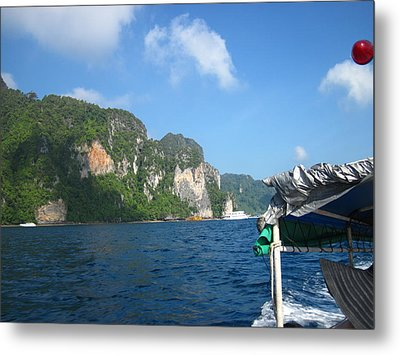Long Boat Tour - Phi Phi Island - 011316 Metal Print by DC Photographer