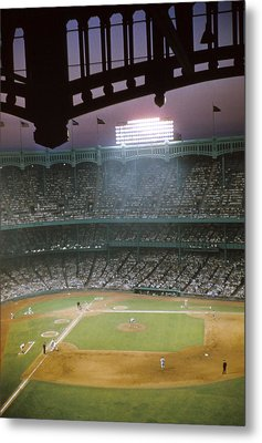 Brillant Yankee Stadium Metal Print by Retro Images Archive