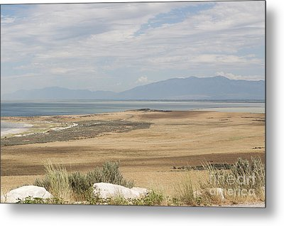 Metal Print featuring the photograph Looking North From Antelope Island by Belinda Greb