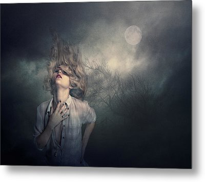 Metal Print featuring the photograph Lost In The Wind by Brian Tarr