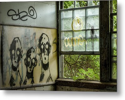 Lost Souls - Abandoned Places Metal Print by Gary Heller
