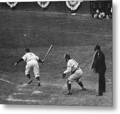 Lou Gehrig Gets A Hit Metal Print by Underwood Archives
