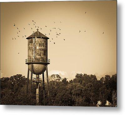 Loudon Water Tower Metal Print by Melinda Fawver