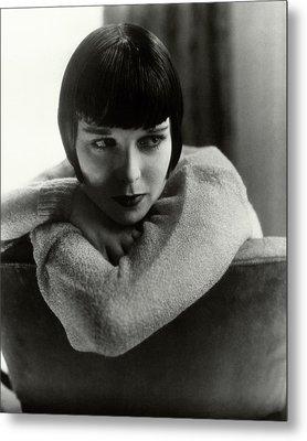Louise Brooks On A Chair Metal Print by Edward Steichen
