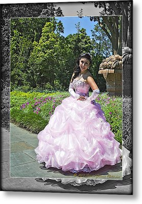 Lovely Lady At The Dallas Arboretum Metal Print by Walter Herrit