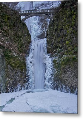Metal Print featuring the photograph Lower Multnomah Falls 120813a by Todd Kreuter
