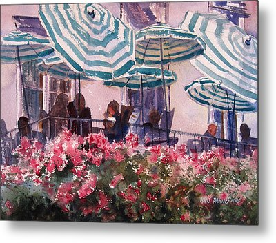 Lunch Under Umbrellas Metal Print by Kris Parins
