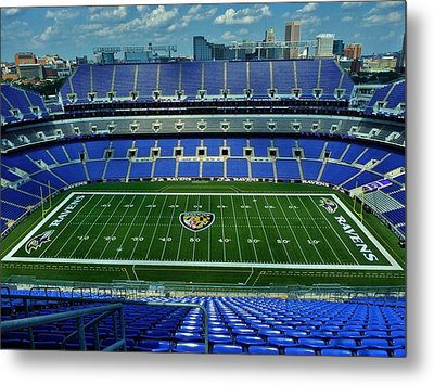 M And T Bank Stadium Metal Print by Robert Geary