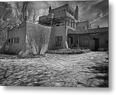 Mabel's Place In B And W Metal Print by Charles Muhle