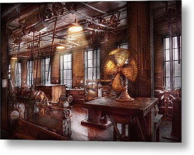 Machinist - The Fan Club Metal Print by Mike Savad