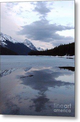 Maligne Lake - Reflections Metal Print by Phil Banks