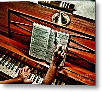 Momma's Hymnal Metal Print by Robert Frederick