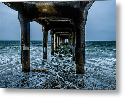 Manhattan Beach Peir Metal Print