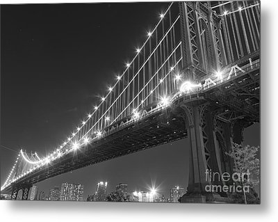 Manhattan Bridge At Twilight Metal Print by AHcreatrix