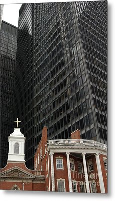 Manhattan Contrast In Red And Black Metal Print by Anna Lisa Yoder