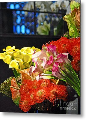 Manhattan Florist Metal Print by Gwyn Newcombe