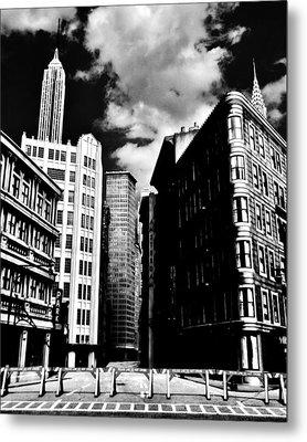 Manhattan Highlights B W Metal Print by Benjamin Yeager