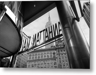 Manhattan Mall Sign Metal Print by Dave Beckerman