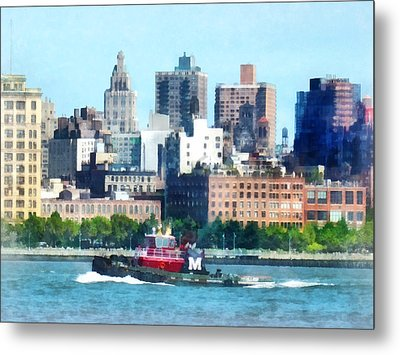 Manhattan - Tugboat Against Manhattan Skyline Metal Print by Susan Savad