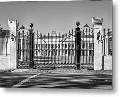 Manresa House Of Retreats Bw Metal Print by Steve Harrington