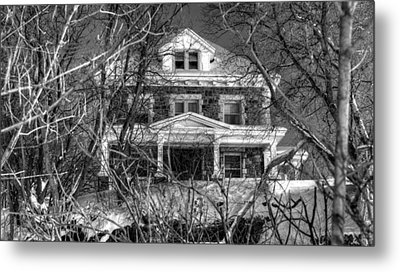 Mansion On The Hill Metal Print by Ric Potvin