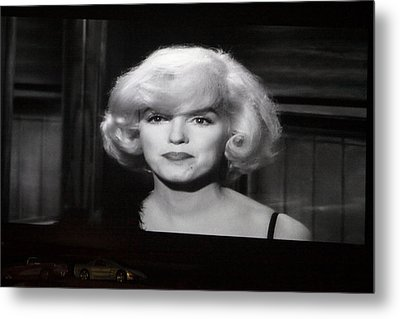 Marilyn Monroe At The Drive In Theater Metal Print by Linda Phelps