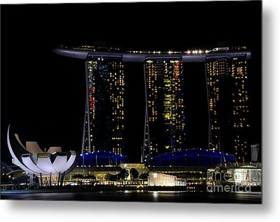 Marina Bay Sands Integrated Resort Hotel And Casino And Artscience Museum Singapore Marina Bay Metal Print by Imran Ahmed