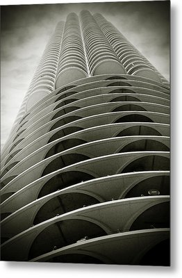 Marina City Chicago Il Metal Print by Christine Till