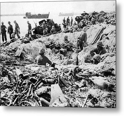 Marines Land On Roi-namur Metal Print by Underwood Archives