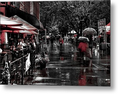Market Square Shoppers - Knoxville Tennessee Metal Print by David Patterson