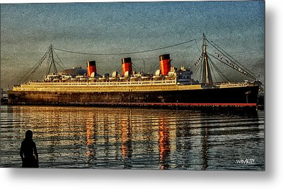 Mary Watches The Queenmary Metal Print by Bob Winberry