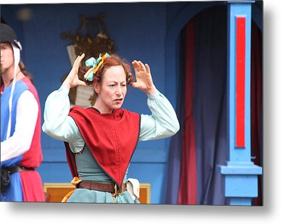 Maryland Renaissance Festival - A Fool Named O - 121217 Metal Print by DC Photographer