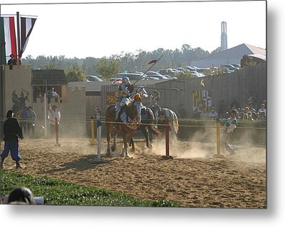 Maryland Renaissance Festival - Jousting And Sword Fighting - 1212191 Metal Print